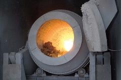 廃自動車リサイクル 自動車リサイクルシステム アルミ溶解炉