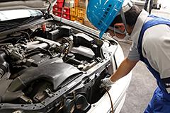 廃自動車リサイクル 自動車リサイクルシステム オイル・フロンガスの抜取り、エアバッグの取り外し作業